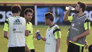 """Bron: AD.nl """"Rechter verplicht FIFA tot drinkpauzes."""""""